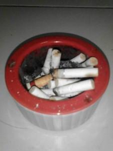 buang puntung rokok pada tempatnya